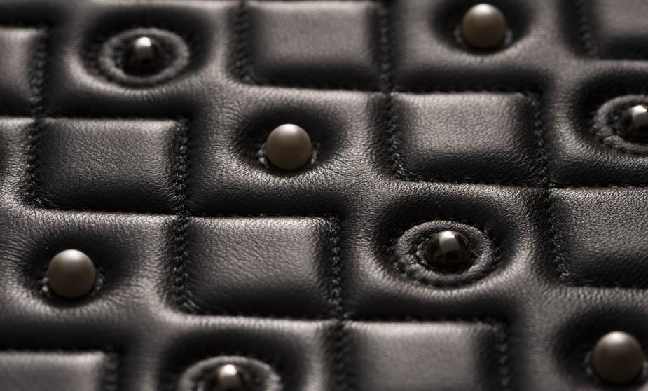 Coutures speciales automatisees image 2 | Goretti application d'accessoires mode et chaussures
